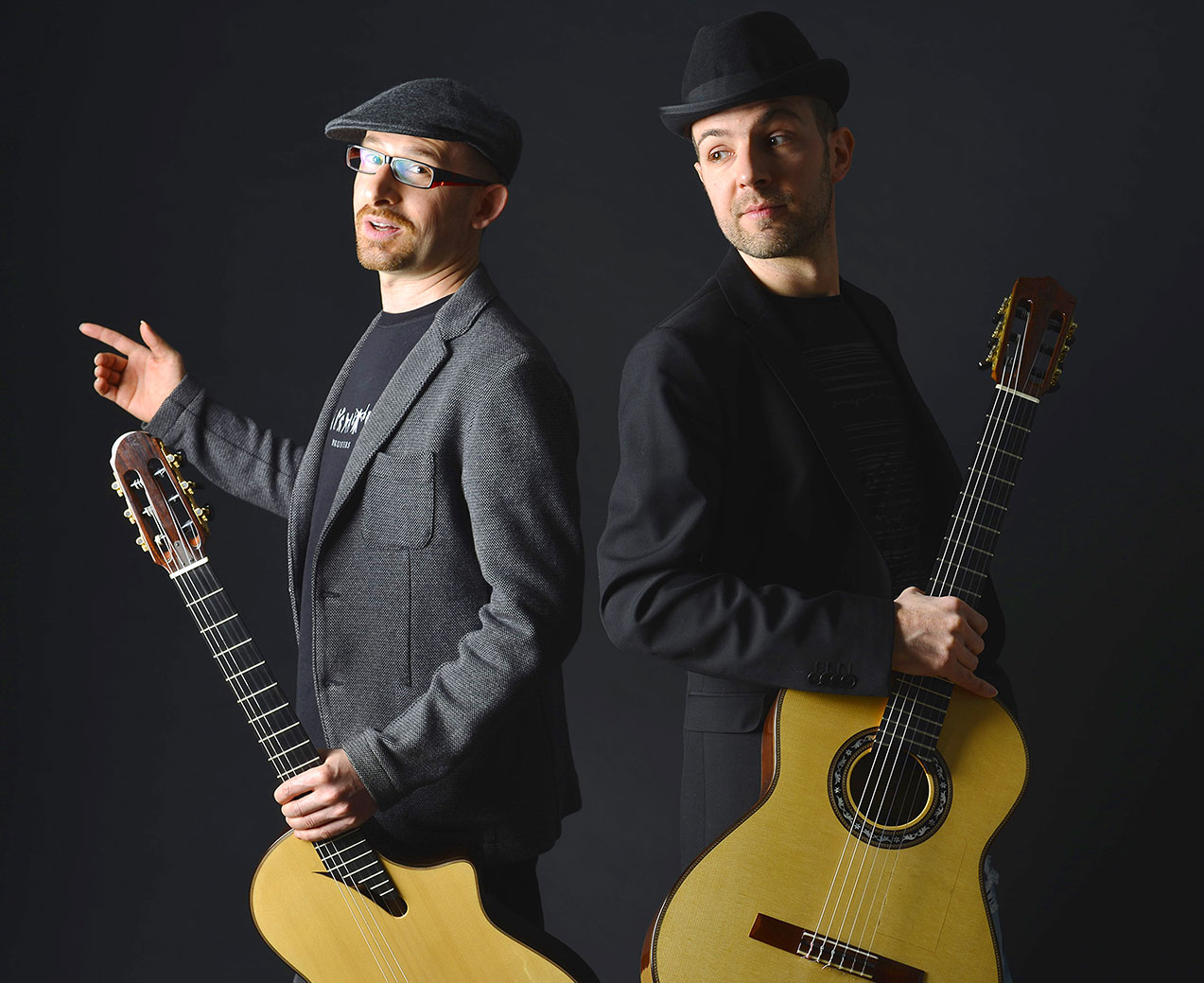 Bruskers Guitar Duo - Home
